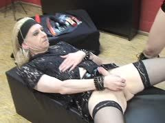 German dominatrix milks her tranny slave