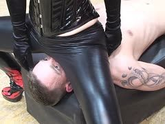 German dominatrix has no mercy