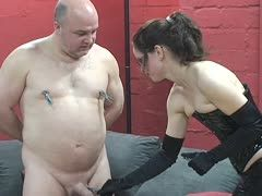 Cock torture for the slave's dick