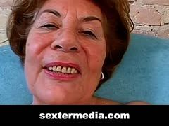 Granny Liselotte's hairy cunt must explode