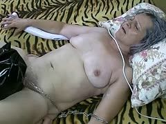 Slave licks granny's hairy cunt