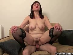 oma sex geil porno junge mädels